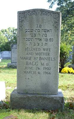 Dr Marie <I>Horowitz</I> Daniels Bagg