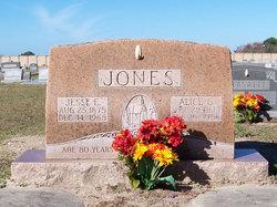 Jesse E Jones