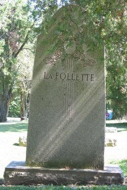Bertha Maxwell <I>Smith</I> La Follette