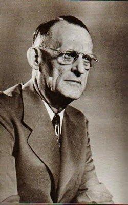 """Dr Robert Holbrook """"Bob"""" Smith"""