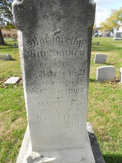 Mary E Vits