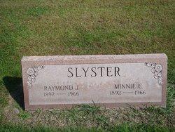 Minnie E <I>Drosendahl</I> Slyster