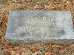 """Daniel W """"Dan"""" Huett"""