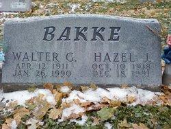 Walter G Bakke