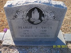 Pearlie E Smith