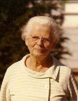 Clara Johanna Henrietta <I>Petersdorf</I> Wolfe