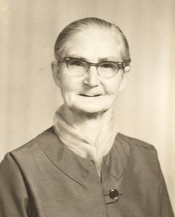 Bertha M. <I>Hollis</I> McLaughlin