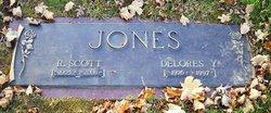 Delores Y <I>Yarian</I> Jones