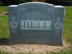 Ezra Ashley Bull