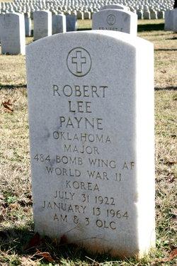 Maj Robert L Payne