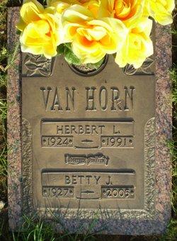Betty Jean <I>Buckner</I> Van Horn