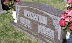 Willa Oden <I>Anderson</I> Davis