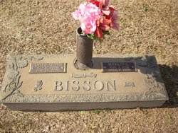 Shirley Lee <I>Hubbard</I> Bisson