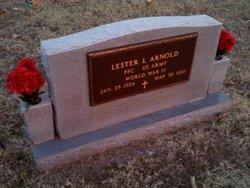 Lester L Arnold