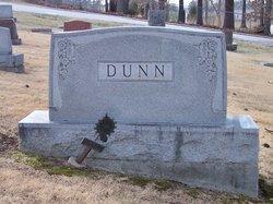 Arthur R Dunn