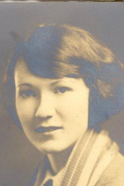 """Dorothy Ann Staughton """"Dot"""" <I>Lynd</I> Hoffmann"""