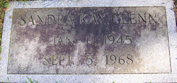 Sandra Kay <I>Swearengin</I> Glenn