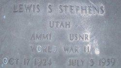Lewis Stephens