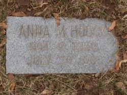 "Anna M ""Annie"" <I>Henry</I> Hoock"