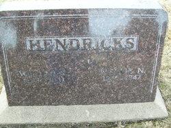 William R Hendricks