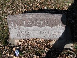 Tennie L <I>Payne</I> Larsen