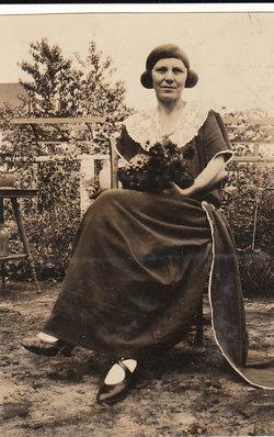 Bertha Lee <I>Minnick</I> Barr