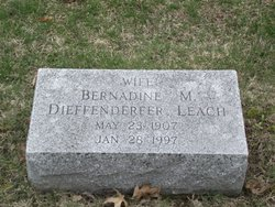 "Mary Bernadine ""Bernadine"" <I>Jarrett</I> Leach"