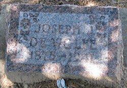 Joseph J De Wolfe
