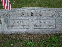 Bessie <I>HIxson</I> Albig