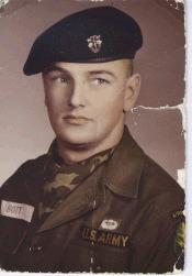 """Sgt Russell Peter """"Pete"""" Bott"""