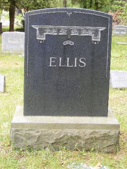 "Warren ""Warnie"" Ellis"
