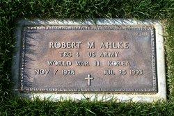 Robert Merle Ahlke