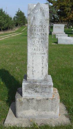 Henrietta Etta Amelia <I>Nicol</I> Farris