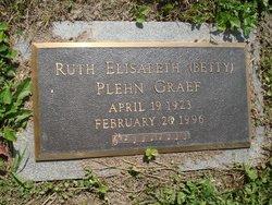 "Ruth Elisabeth ""Betty"" <I>Plehn</I> Graef"