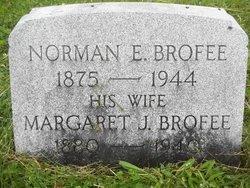 Margaret Robbins Brofee