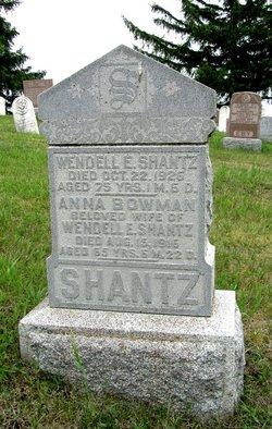 Wendell E Shantz
