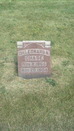 Dr Leonard Chase