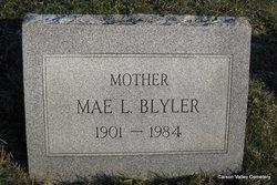 Mae Lilly <I>Worley</I> Blyler