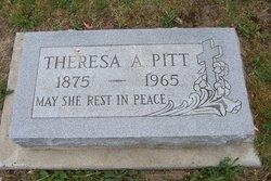 """Teresa """"Tracy"""" <I>Kindel</I> Pitt"""