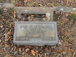 Dorcas Ann <I>Holobaugh</I> Skidmore