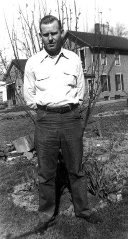 """Leonard """"Hawk"""" Holcomb, Jr"""