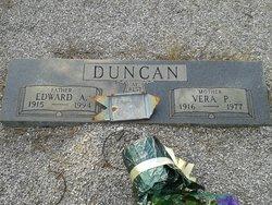 Vera <I>Padgett</I> Duncan