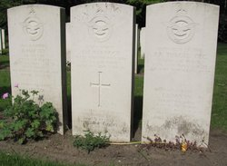 Flying Officer (W.Op./Air Gnr.) James Murray Marnoch