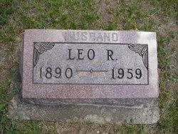 Leo R Showalter