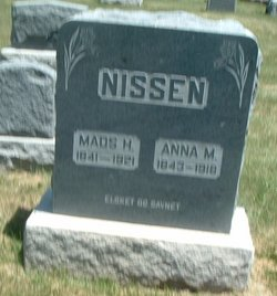 Anna M Nissen
