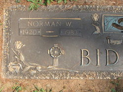 Norman W Biddle