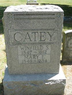 Mary E Catey
