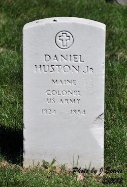 Col Daniel Huston, Jr