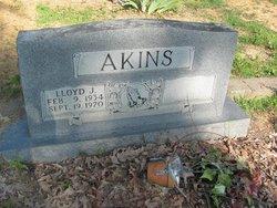 Lloyd J Akins