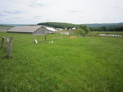 Upper Middle Amish Cemetery